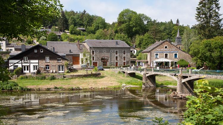Zicht op Mouzaive-sur-Semois